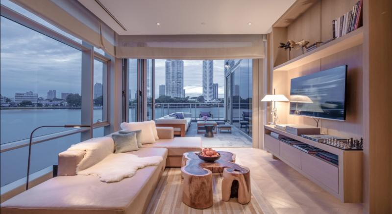 Four Seasons Private Residences Bangkok For Sale
